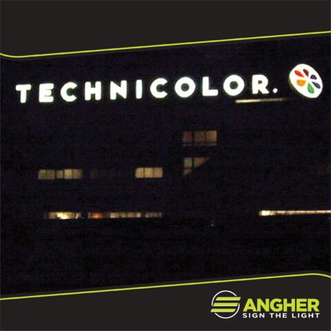 Insegna grande impianto Technicolor
