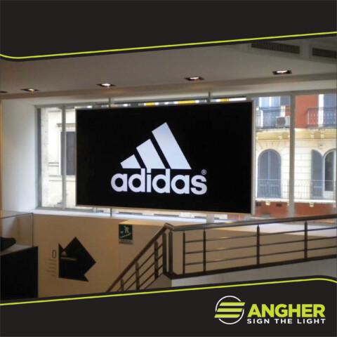 Insegna a Cassonetto Adidas